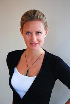 Rebecca Hamilton Headshot